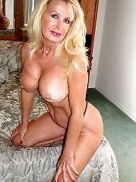 Hot mature butt