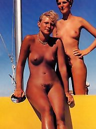 Daughters, Mom amateur, Mom and daughter, Mature young, Mom daughter, Young amateur