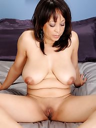N bed, Milfs on, Milf, bed, Milf on milf, Mature on bed, On beds