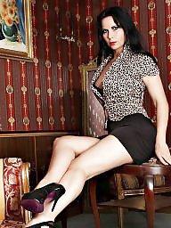 Queening, Queen p, Queen milf, Queen of, Queen heels, Milfs heels
