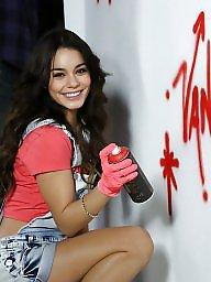 Vanessa, Cute