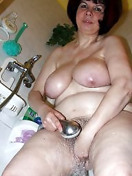 The fun, Washing mature, Wash, Matures bathing, Mature washing, Mature in bath