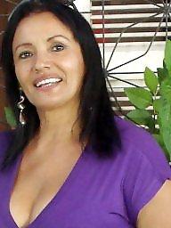 Sexy Latina Mature
