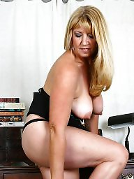 Saggy tits, Saggy, Mature tits, Blonde mature