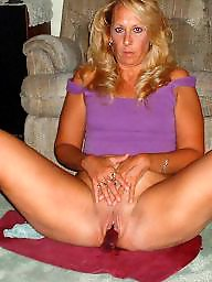 Amateur mom, Mature moms, Mom, Moms, Mature pussy, Milf mom