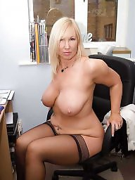 Sexy mature, Stocking milf, Mature stockings, Mature sexy, Sexy milf