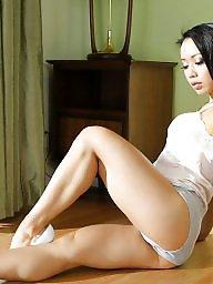 Milfs,legs, Milf legs, Milf leggings, Milf fit, Matures,matures,matures,legs, Matures legs