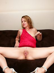 Wide open, Wide, Blond mature