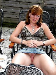 Upskirt, Upskirt mature, Amateur mature