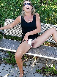 Mommy, Milf flashing, Outdoor milf, Outdoor, Amateur outdoor, Milf outdoor