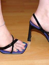 Teens toes, Teens wife, Teens sexy feet, Teens heel, Teen sexy feet, Teen heels