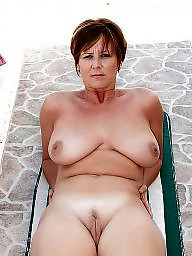 Mom boobs, Amateur mature, Mature mom, Mature moms, Natural boobs, Big natural