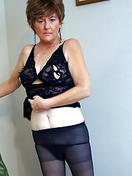 Mature upskirt, Mature pantyhose, Granny stockings, Granny upskirt