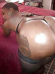 Ebony ass, Cums