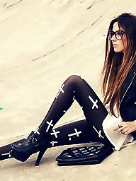 Teens legs, Teens leggings, Teen legs, Teen leggings, Legs teens, Leggings teen