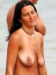 Saggy tits, Saggy, Topless