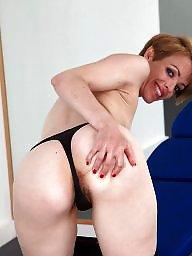 Mature ass, Hairy mature
