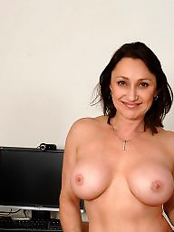 Titted brunette, Tits,mature, Tits matures, Tits mature, Tit mature, Matures brunettes