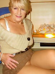 Mature upskirt, Mature stockings, Nylons, Mature stocking, Nylon mature, Upskirt mature