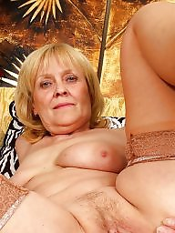 Grannies, Granny stocking, Granny stockings, Granny, Mature stockings, Mature flash