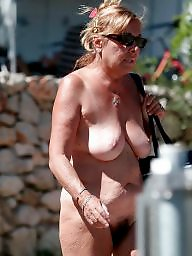 Mature tits, Saggy