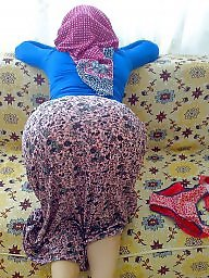 Hijab upskirt, Hijab, Turkish, Turkish upskirt, Turkish hijab
