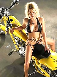 Public celebrity, Public celebrities, Flash celebrity, Girls bikes, Biking, Bikes