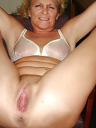 Shaved mature, Amateur mature, Voyeur, Shaving, Mature flashing, Mature flash