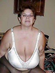 Mature tits in bras