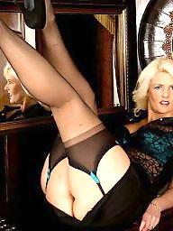 Mature upskirt, Mature stockings, Matures in stockings, Mature leggings, Leg, Leggings