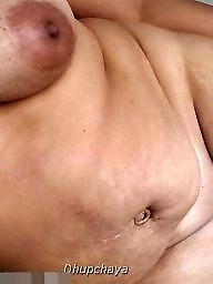 Indian mature, Indian milfs, Bhabi, Indian pussy, Mature indian, Bathroom