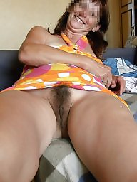 hairy mom Upskirt
