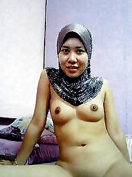 Indian lady naked taking pic of herself