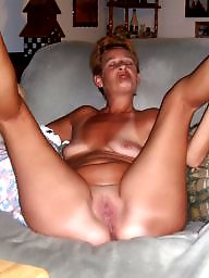 Wideness, Repost, Spreads, Spreading milf, Spreading mature, Spreading