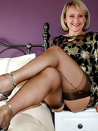 Mature stockings, Heels