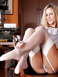 Mature pantyhose, Mature stockings, Pantyhose mature, Mature stocking