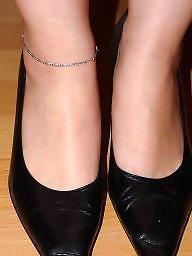 Nylon, Heels