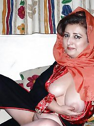 Arab mature milf