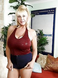 Mature friend, Mature of big boobs, Mature mine, Its to big, It happens, Friends matures