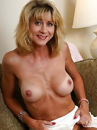 Mature nipples, Lana