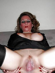Mature pussy licking