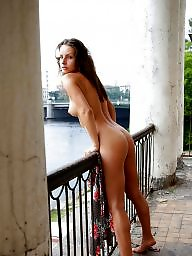 Balcony, Naked