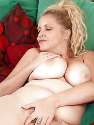 Tits off, S blonde pussies, Pussy blonde, Show boobs, Show boob, Showing her pussy