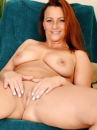 Mature moms, Mature bra, Milf bra, Mature redheads, Beautiful mature, Mom tits