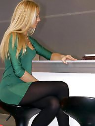 Teen feet, Teen nylons, Nylon feet, Leggings, Nylons, Nylon legs