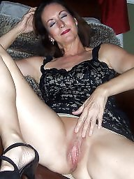 Spreading, Mature spreading, Spread, Mom, Spreading mature, Milf spreading