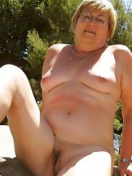 Amateur granny, Grannies, Granny outdoor, Outdoor granny, Outdoor, Outdoors