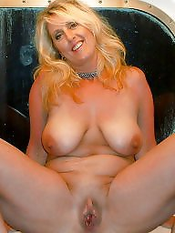 Unawares, Unaware, milf, Unaware mature, Unaware wife, Wifes exposed, Wife exposing