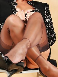 Girdles, Mature girdle, Upskirt stockings, Mature stocking, Mature stockings, Upskirt