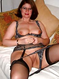 Mature posing, Posing, Pose, Wives, Milf mom, Milf posing